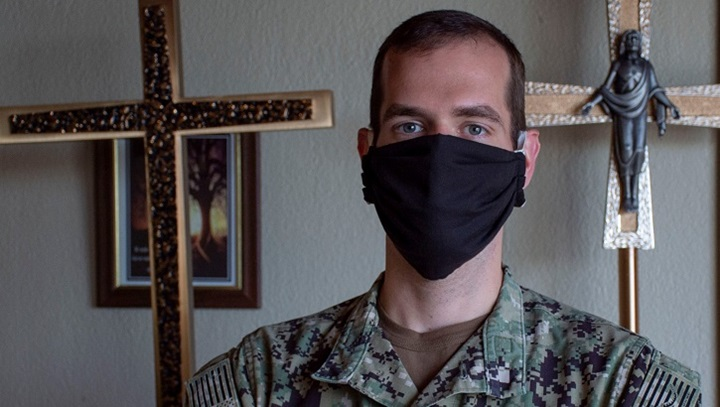Image of soldier wearing a mask in the hospital's chapel