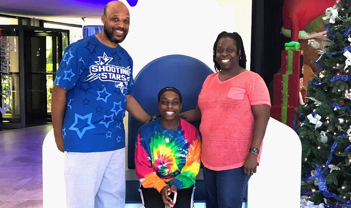 Jamia Bailey (center) with her parents, James and Pia, after she underwent a procedure in December at Tripler Army Medical Center, Hawaii, to help prevent deep vein thrombosis from recurring. DVT is a blood clot that forms in a vein deep inside the body. (Courtesy photo)
