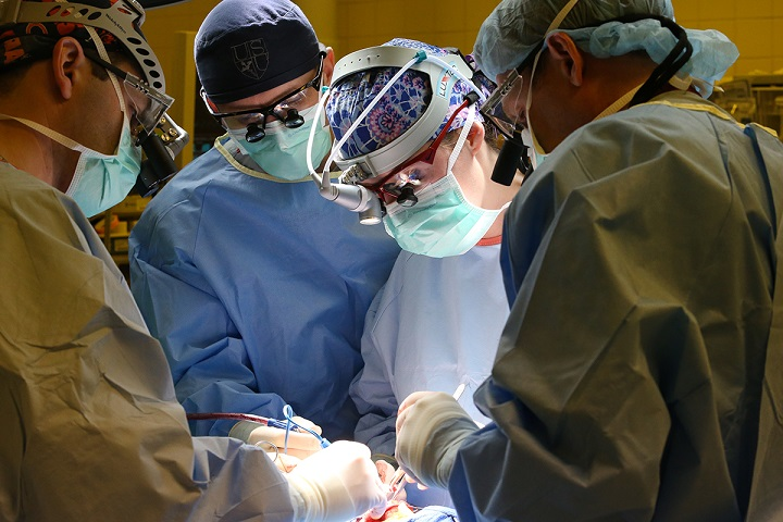 Surgeons in the operating room at Madigan Army Medical Center. (U.S. Army photo by John Wayne Liston)