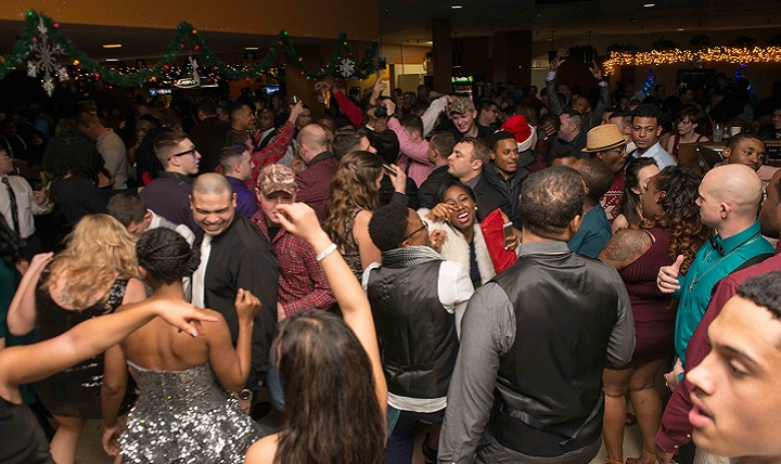 USS John C. Stennis' crew and family members dance during a command holiday party. For someone concerned about alcohol intake or battling substance abuse, social events may seem threatening. (U.S. Navy photo by Mass Communication Specialist 3rd Class Jonathan Jiang)