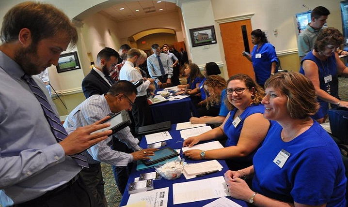The Defense Health Agency is scheduled to take part in two upcoming Department of Defense-sponsored job fairs Sept. 20 at Joint Base San Antonio, Texas, and Nov. 15 at Joint Base Myer-Henderson Hall in the Washington, D.C., area. (U.S. Navy photo by Joseph Fordham)