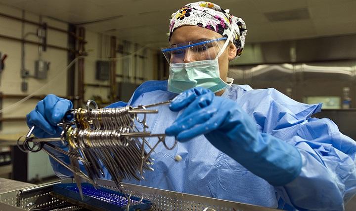 Keeping Surgical Instruments Sterile Safe Health Mil